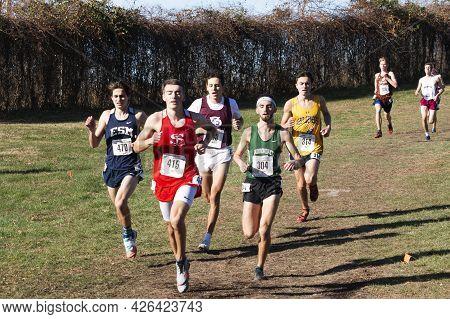 Wappinger Falls, New York, Usa - 23 November 2019: High School Boys Running During A 5k Cross Countr