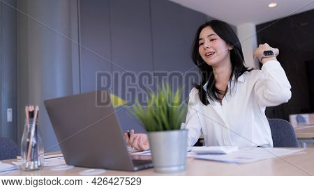 Happy Young Businesswoman Explaining Gesture Or Discuss Online Video Call Conferencing Zoom Via Lapt