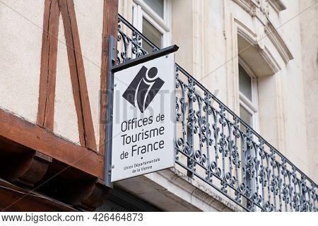 Poitiers , Aquitaine  France  - 06 30 2021 : Office De Tourisme De France French Tourism Office Sign