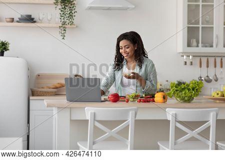 Prepare Food At Home, Blog, Video Call, Find Organic Veggie Salad Recipe On Internet