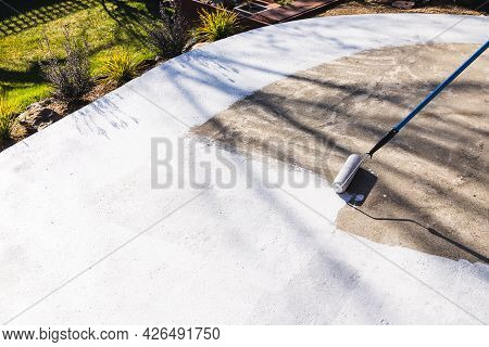 Painting Backyard Or Driveway Concrete Paving With Paint Roller, Diy And Home Improvement