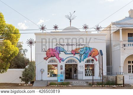 Prince Albert, South Africa - April 20, 2021: A Street Scene, With The Prince Albert Gallery, In Pri