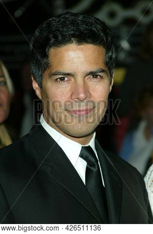 LOS ANGELES - MAR 16: Esai Morales arrives to ABC's 50th Anniversary Celebration on March 16, 2003 in Hollywood, CA