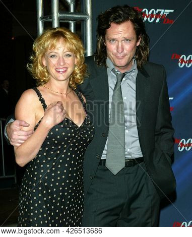 LOS ANGELES - NOV 02: Virginia Madsen and Michael Madsen arrives to  the 'Die Another Day' Hollywood Premiere on November 02, 2002 in Los Angeles, CA