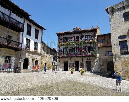 Santillana Del Mar, Spain - June 24, 2021. Picturesque And Medieval Village In Santillana De Mar, Ca