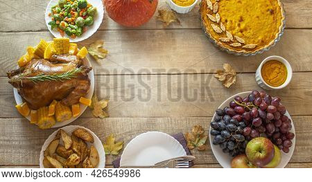 Thanksgiving Day. Thanksgiving Day. Thanksgiving Autumn Background Of Pumpkins And Pie. Thanksgiving