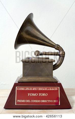 Yomo Toro Latin Grammy