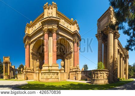 SAN FRANCISCO, CALIFORNIA, USA - APRIL 30, 2015: Palace of Fine Arts in San Francisco's Marina District was constructed in 1915 for Panama-Pacific Exhibition.