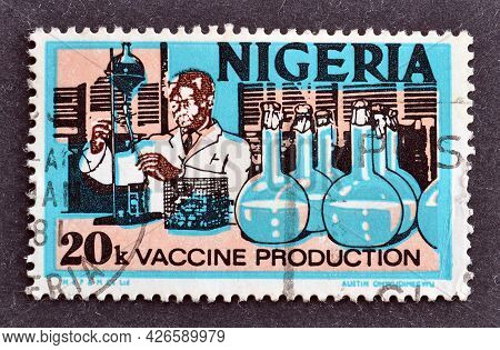 Nigeria - Circa 1973 : Cancelled Postage Stamp Printed By Nigeria, That Shows Vaccine Production, Ci