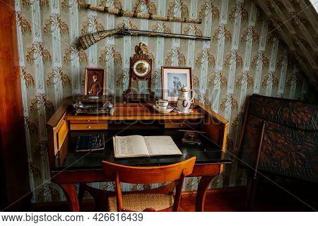 Velke Brezno, Czech Republic, 26 June 2021: Chateau Velke Brezno, Castle Interior With Baroque Furni