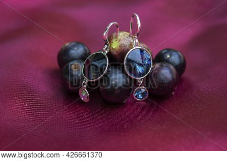 Gold Earrings With Berries. Red And Black Handmade Earrings.vitamins With Beauty