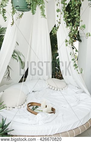 Light Cozy Bedroom Made In White Colors With Round Canopy Bed. Modern Cozy Bedroom With Round Canopy