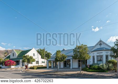 Prince Albert, South Africa - April 20, 2021: A Street Scene, With An Art Gallery, In Prince Albert
