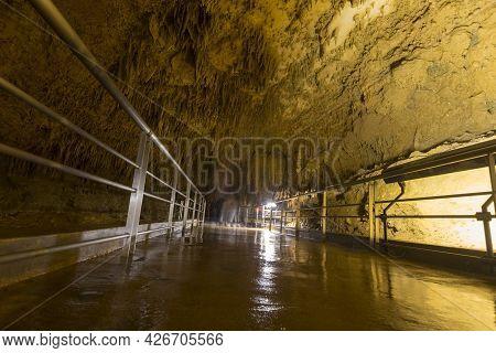 Underground Caves Of Gyokusendo Stalactite Cave In Okinawa, Japan