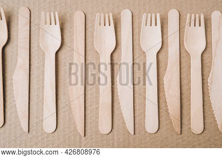 Eco Friendly Fast Food Containers. Wooden Forks And Knives. Eco Friendly Disposable Tableware. Used