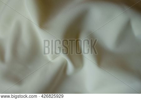 Cream White Viscose And Polyester Jersey Fabric With Soft Folds