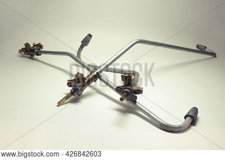 Household Gas Stove Spare Parts: Surface Burner Tubes And Valves On It