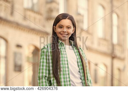 Happy Child Smile With Beauty Look Wearing Casual Fashion Style November 20 Urban Outdoors, Children