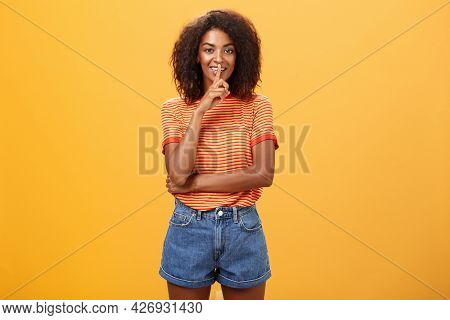 Keep Secret Inside I Trust You. Feminine And Sensual Good-looking Stylish Dark-skinned Woman With Cu
