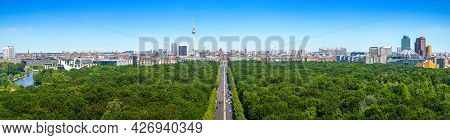 Panoramic View At The Skyline Of Berlinj