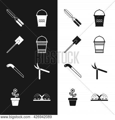 Set Bucket, Garden Shovel, Gardening Handmade Scissor, Saw, Automatic Irrigation Sprinklers And Flow