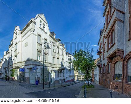 Wiesbaden, Germany - June 11, 2021: Streetview Of Wiesbaden Old Town With Typical Brick Buildings Of