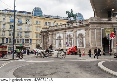 Vienna, Austria - May 16, 2019: Albertinaplatz Square Is Located In The Center Of The Inner City By