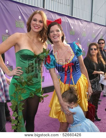 LOS ANGELES - OCT 20:  Maitland Ward, Michelle Stafford at the Hub Network First Annual Halloween Bash at Barker Hanger on October 20, 2013 in Santa Monica, CA