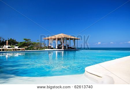 Luxury Summerhouse With Swimming Pool