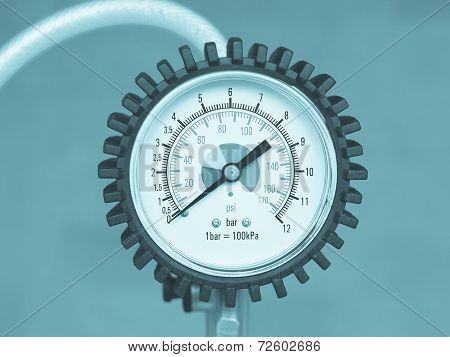 Manometer Instrument