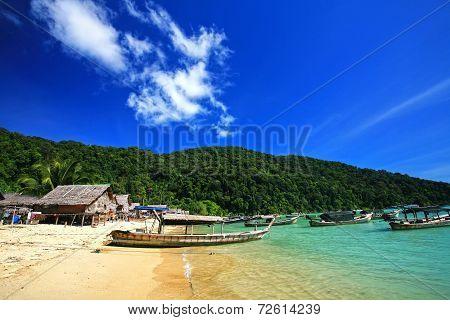 Islander's Morgan Sea Gypsy Hut