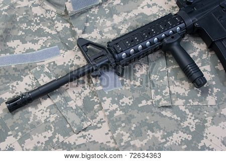 Us Army M4A1 Carbine On Uniform Background