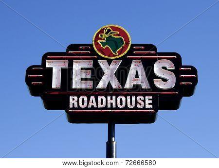 Texas Roadhouse Restaurant Sign