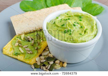 Avocado-buttermilk Green Goddess Dip