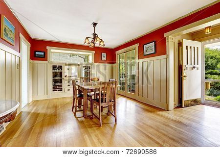 Red And White Spacious Dining Room  With Exit To Backayrd Area