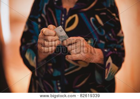Women Donating Her Last Money
