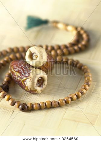 Islamic Rosary and dates
