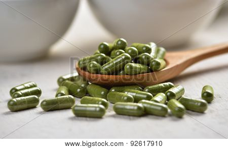 Moringa Capsule Pills In The Woodspoon