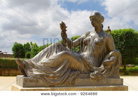 Monument Aux Morts De Port Vendres, Paris