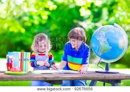 Kids In School Yard