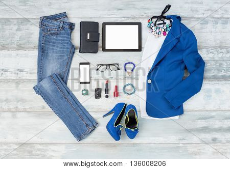 Casual and stylish choathing setup for women