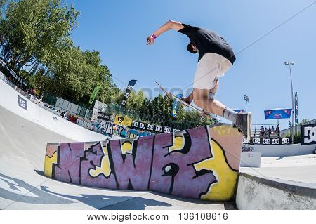 Bruno Simoes During The Dc Skate Challenge