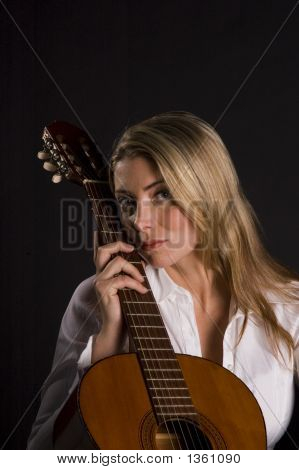Sexy Look From Guitarists