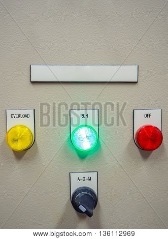 Status indicator light on at RUN position and selective switch of Auto-Manual on electrical control panel with blank name tag.