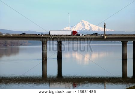 The I-205 bridge, Oregon.