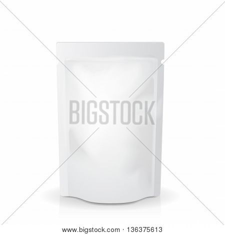 White mock up blank foil food or drink doypack bag packaging. pack template Vector