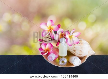 Mini Set Of Bubble Bath And Shower With Flowers