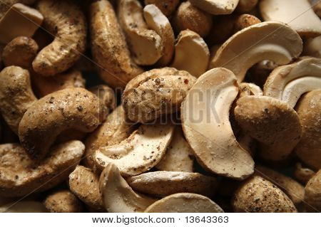 cashews covered in sea salt and cracked black pepper