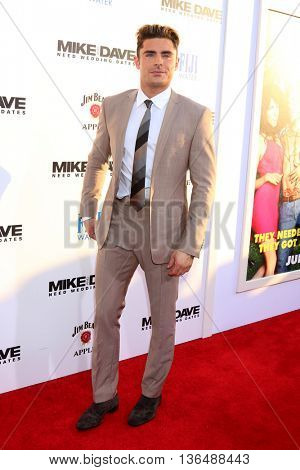 LOS ANGELES - JUN 29:  Zac Efron at the Mike And Dave Need Wedding Dates Premiere at the Cinerama Dome at ArcLight Hollywood on June 29, 2016 in Los Angeles, CA