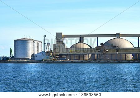 Petrol and gas storage tanks in the sea port.